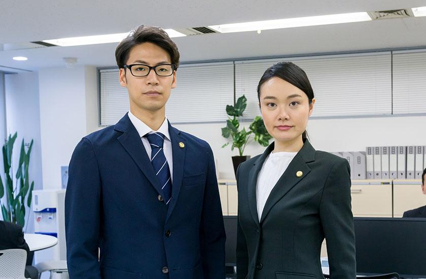 男性弁護士と女性弁護士
